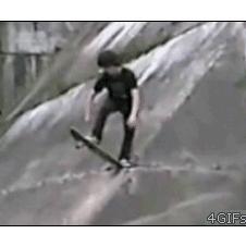 Skateboarder-drop-in-fail