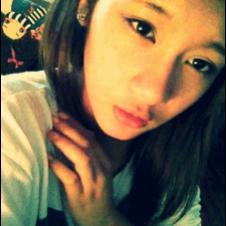 Asian-girl-transmogrifies