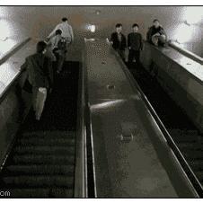 Escalator-hops-parkour