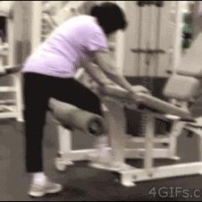 Gym-leg-extension-machine-fail