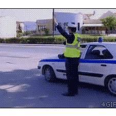 High-five-motorcycle-trolls-cop